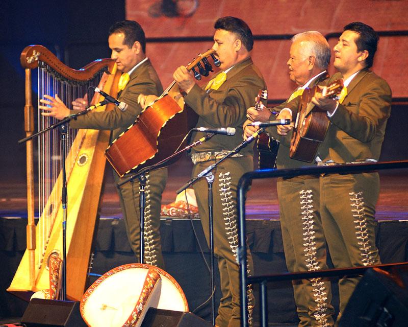 Mariachi Los Camperos - 07.jpg