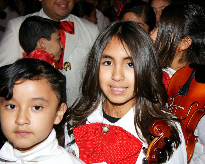 Mariachi Students - 2009 -04.jpg