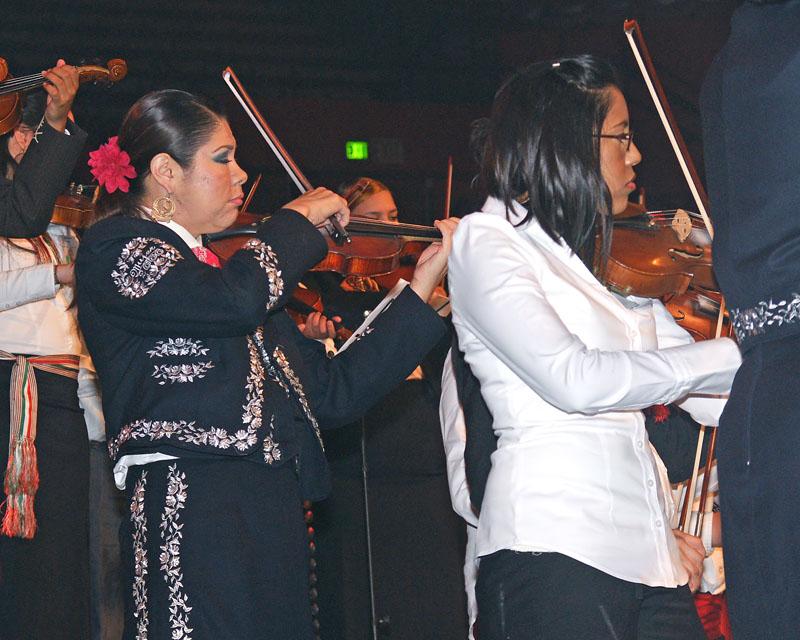 Mariachi Students - 2009 -35.jpg