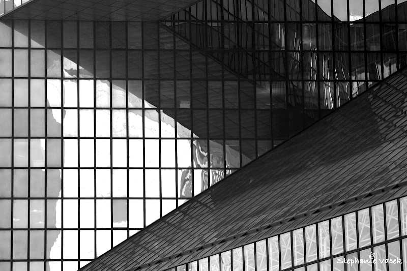 Elysees La Defense (a different angle from yesterdays image)