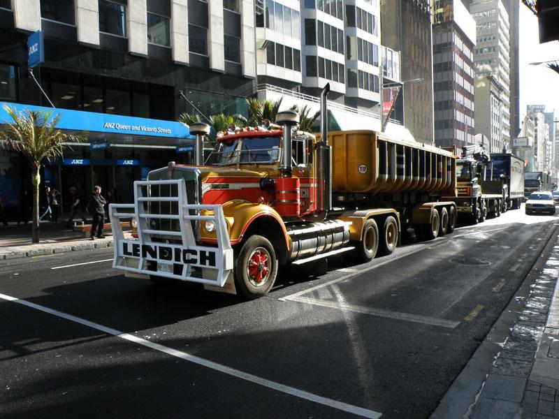 Truckies 04.jpg