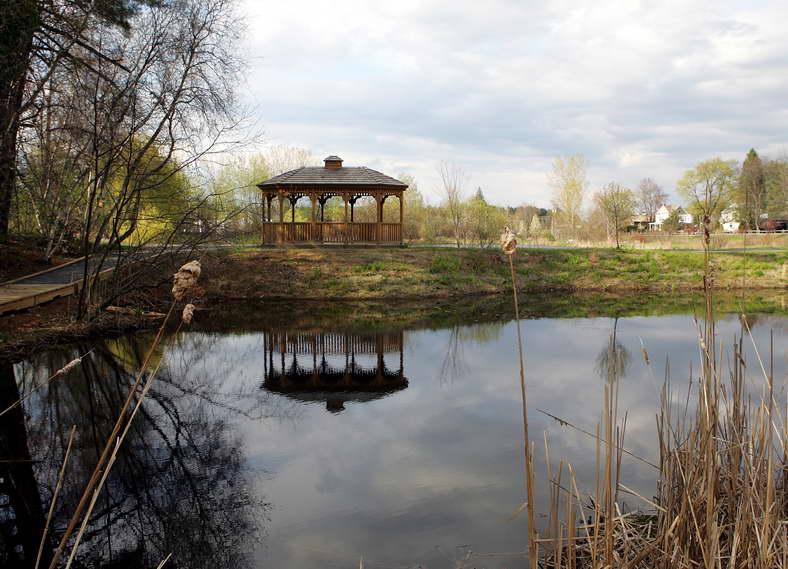 Hovey Pond gazebo c.jpg
