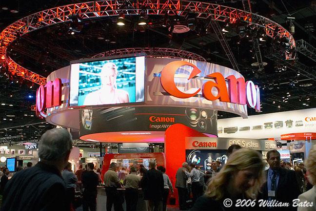 Canon Booth PMA 02_26_06.jpg