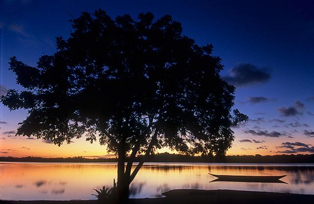 crepúsculo na Lagoa do Cassenge, Península de Maraú