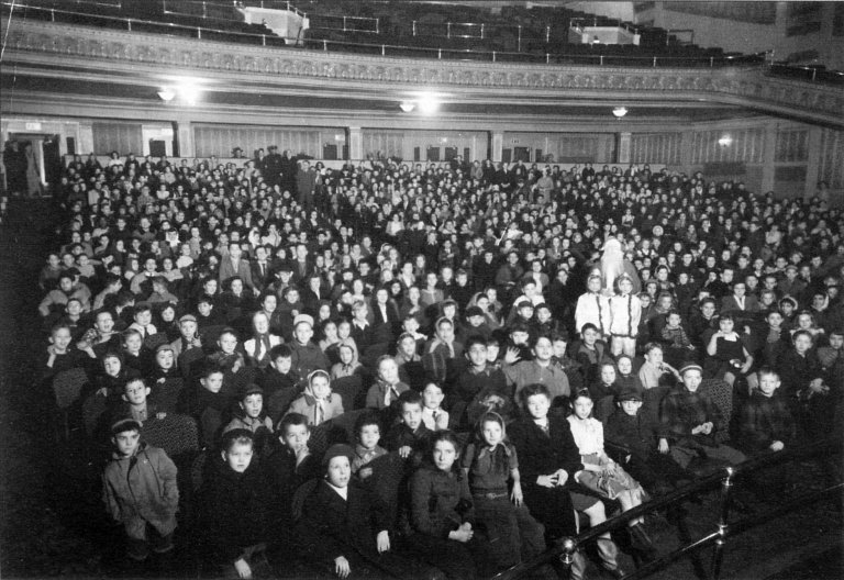 Auditorium seating in the Broadway Theater