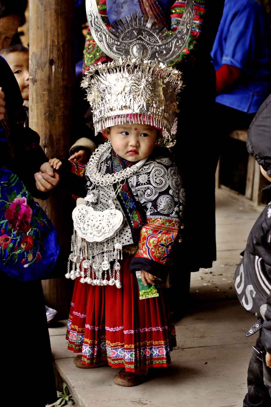 Nanhua Village: Hmong girl in traditional dress