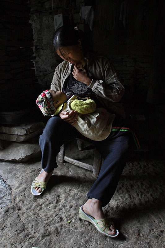 Mother and child in a high mountain village.
