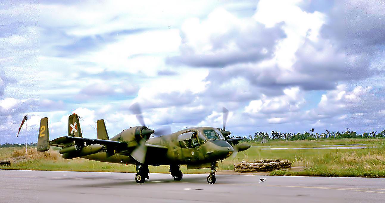 Vietnam Era Aircraft-Grumman OV1 Mohawk.jpg (from a scanned slide) (66-67)