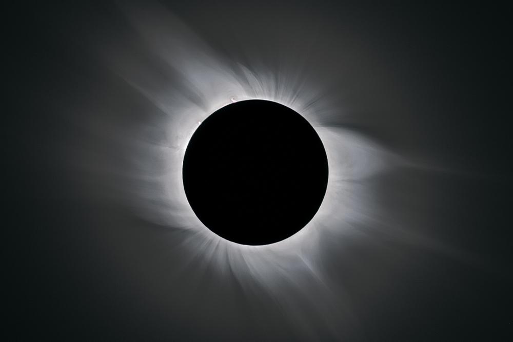 Totality, 10:36 UT