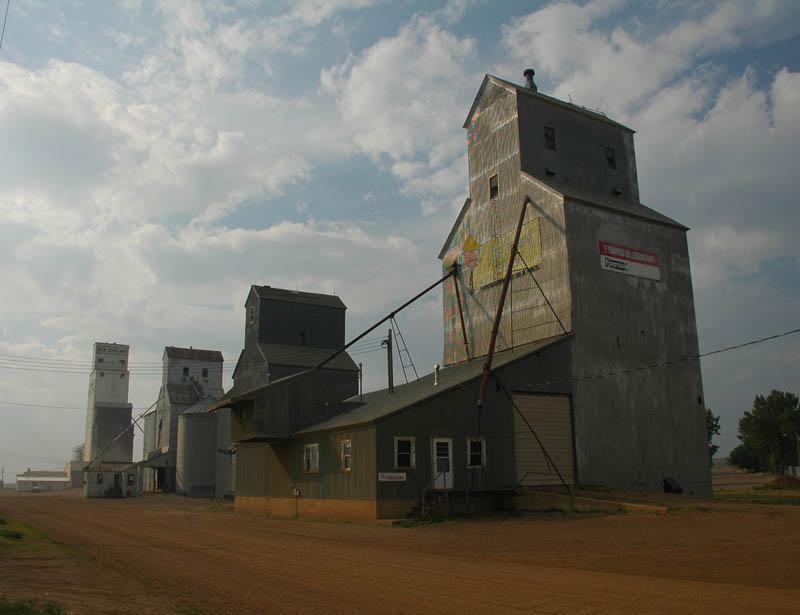 Grain elevators-New England, ND