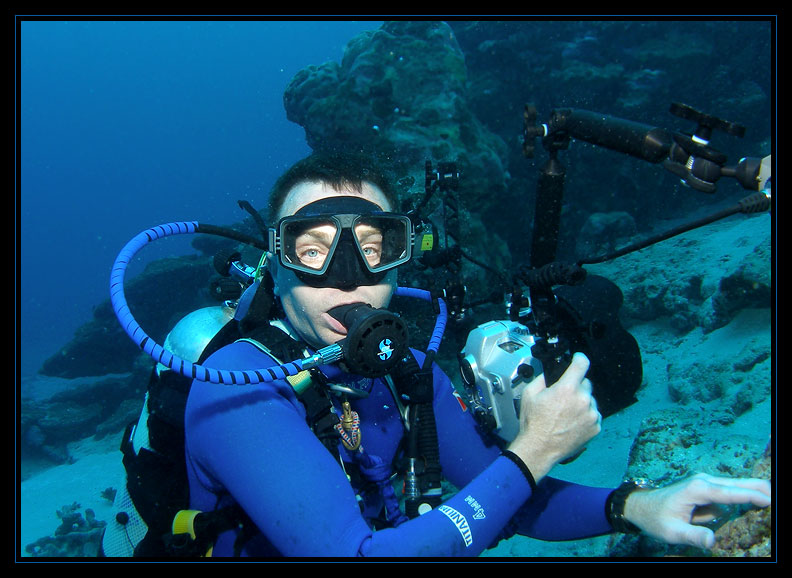 Rick positioned for Manta photos