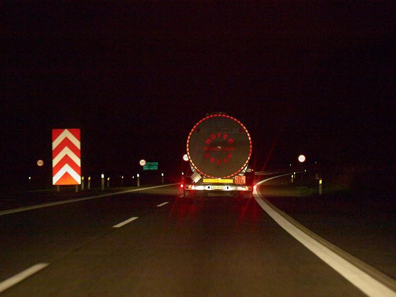 2009-10-30 Night on the highway