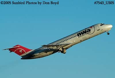 Northwest Airlines DC9-31 N8923E (ex Eastern) aviation airline stock photo #7543