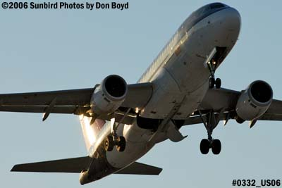 Northwest Airlines A319-114 N356NB airline aviation stock photo #0332