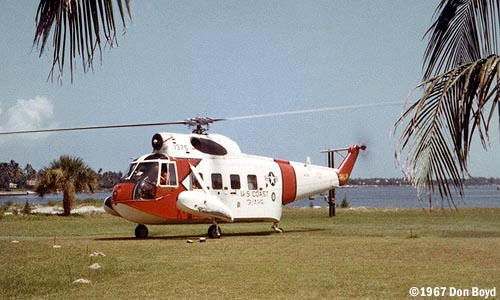 1967 - USCG Sikorsky HH-52A #CG-1375 on front lawn of Coast Guard Station Lake Worth Inlet photo #CG-CG1375atLWI-1
