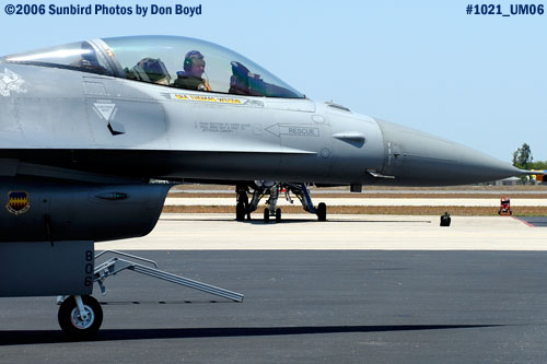 USAF General Dynamics F-16C Block 50A Fighting Falcon #AF90-0806 military air show stock photo #1021