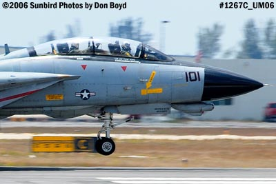 USN Grumman F-14D-170-GR Tomcat #164603 landing military aviation air show stock photo #1267C