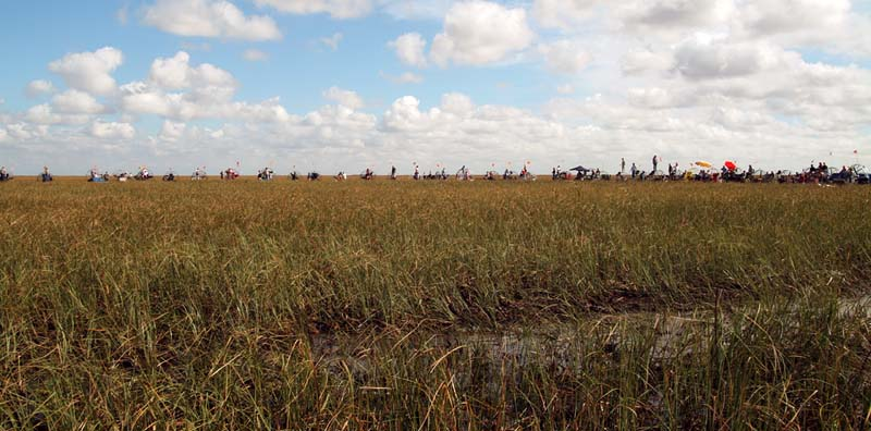 35th Anniversary of Eastern Airlines flight 401 crash memorial service - airboats lined up at the crash site, photo #2899