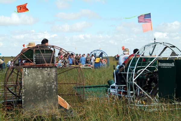 35th Anniversary of Eastern Airlines flight 401 crash memorial service - airboats at the crash site, photo #2901