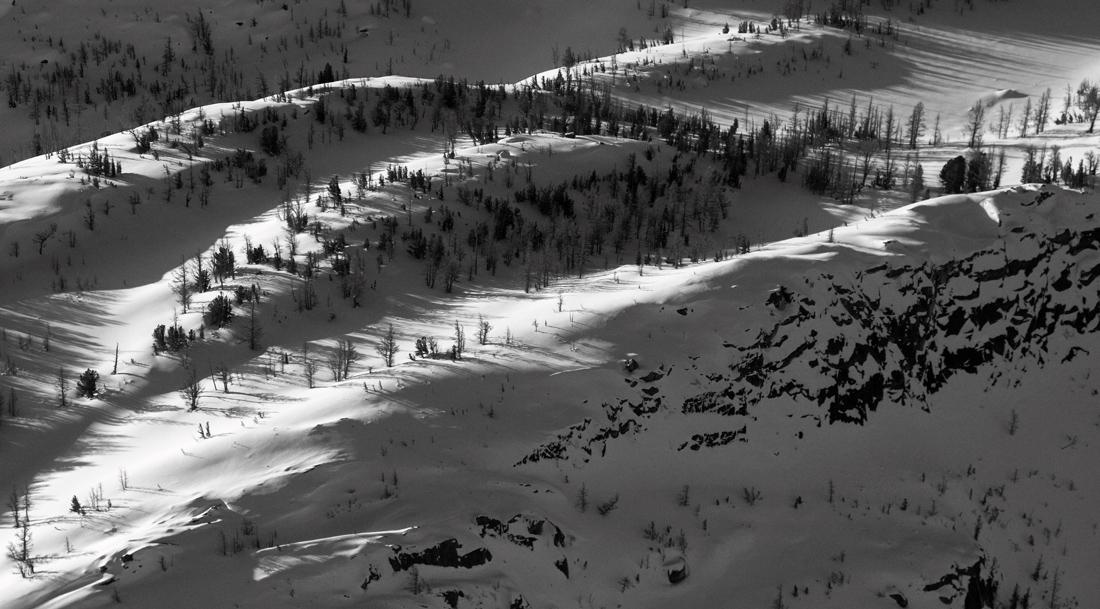 <br> Dragontail Plateau <br> (StuartEnch030610-286adjM.jpg)