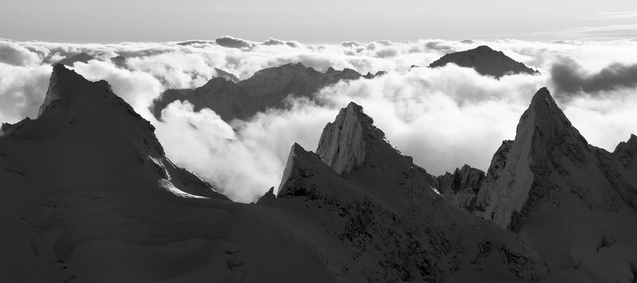 Mt Challenger <br> (NPickets110109-37adjM.jpg)