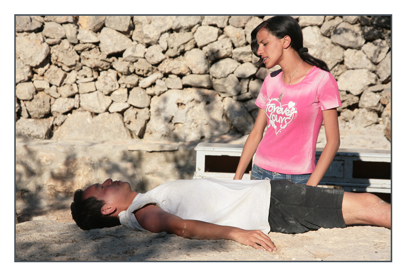 Oh My Romeo...She Wakes To Discover His Death