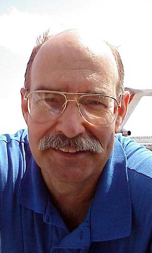 2000 - Jim Walters at Miami International Airport