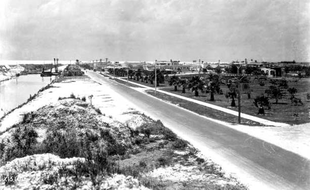 1924 - looking west on County Road (later Okeechobee Road) in Hialeah