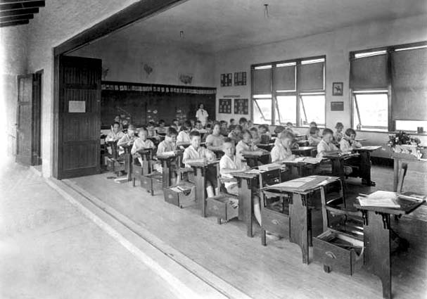 1924 - a class at the Hialeah School at E. 2nd Avenue and 5th Street in Hialeah