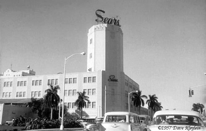 1957 - Sears, Roebuck & Company on Biscayne Boulevard and NE 13th Street, Miami