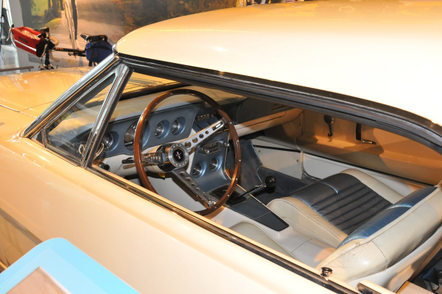 The 1964½ production car looked much like this 1963 Ford Mustang II Prototype.