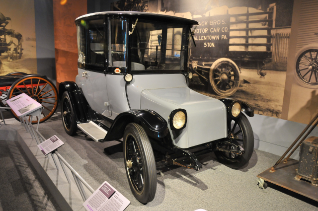 1922 Detroit Electric, on loan from David Bausch.