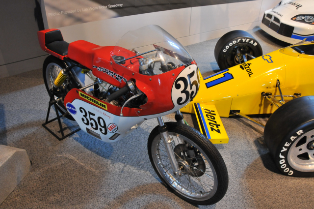 1974 Yamaha TA125A racer, on loan from Leon Blackman.