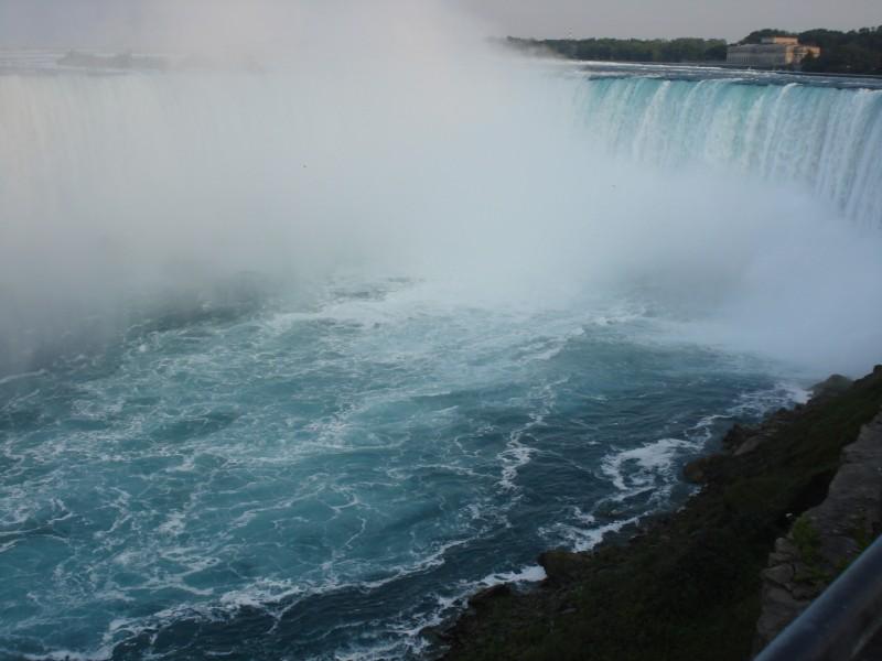 Horseshoe Falls.jpg