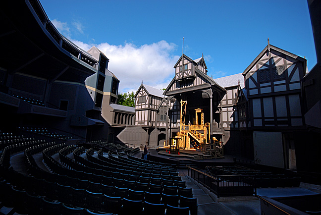 Preparing For The 2008 Season Opening - The Oregon Shakespeare Festivals Elizabethan Theater