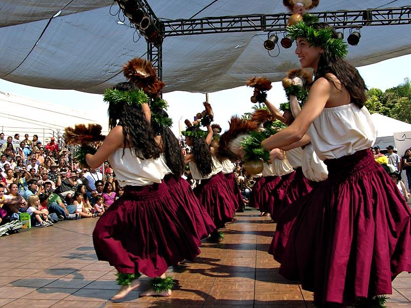 Puahis Polynesian Dancers