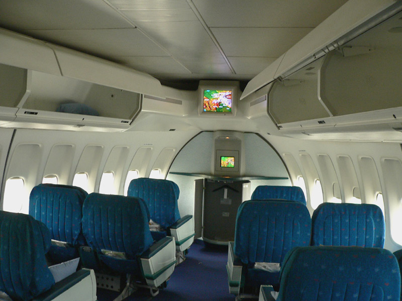Nosy of the Jumbo, where the left and the right windows converge - 845.jpg