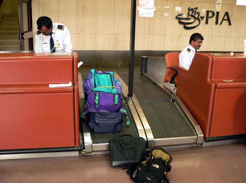 Boarding at KHI - 607.JPG