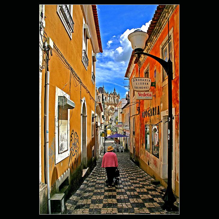 ... Alcobaça - city walks ...