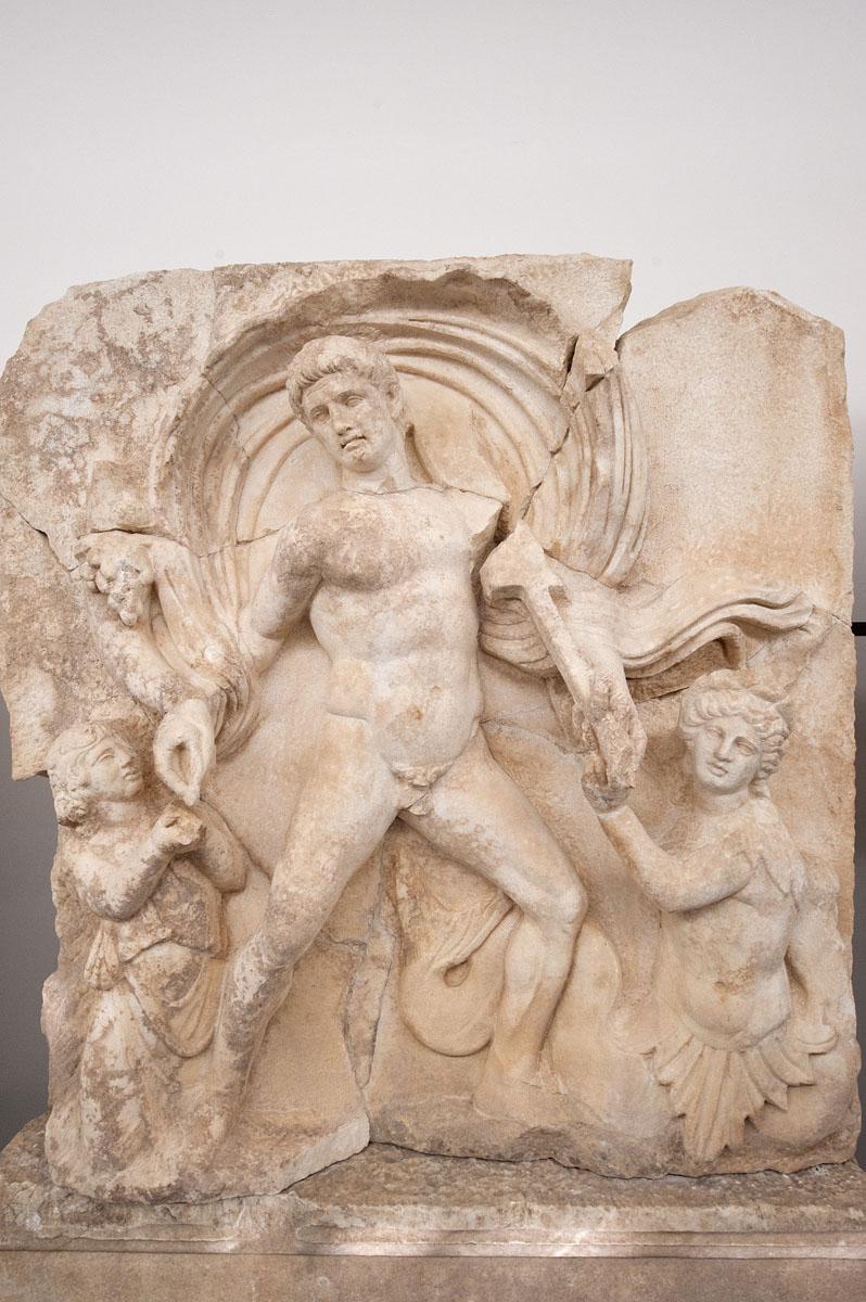 Aphrodisias Museum March 2011 4647.jpg