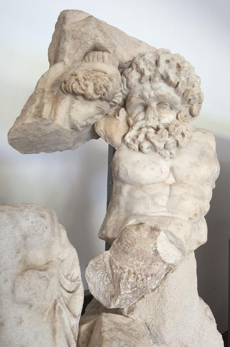 Aphrodisias Museum March 2011 4656.jpg