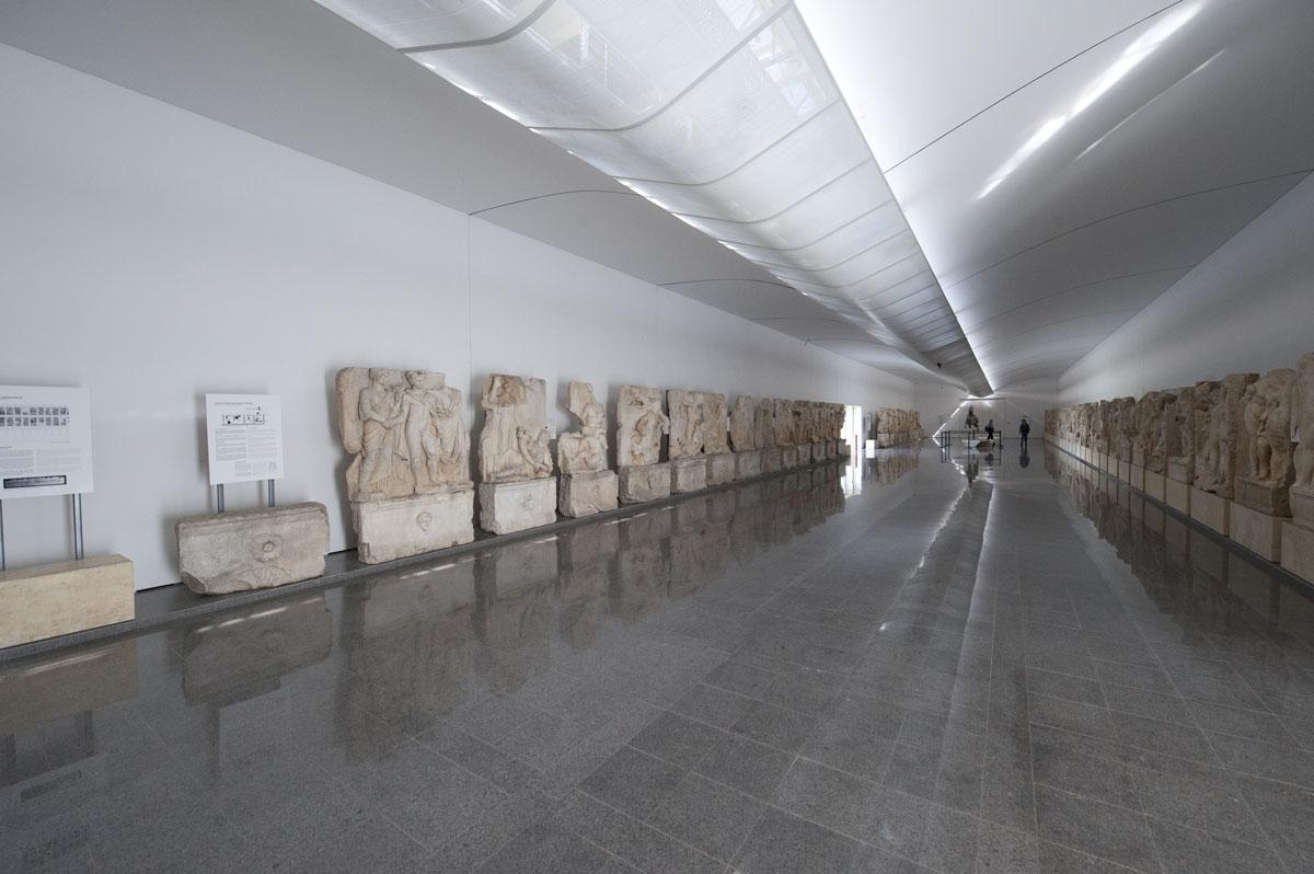 Aphrodisias Museum March 2011 4667.jpg