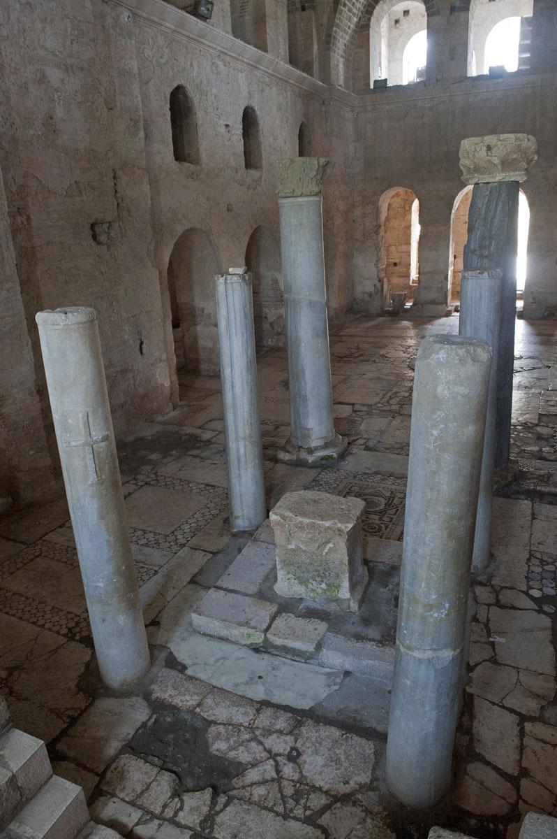 Myra Saint Nicolas church March 2011 5807.jpg