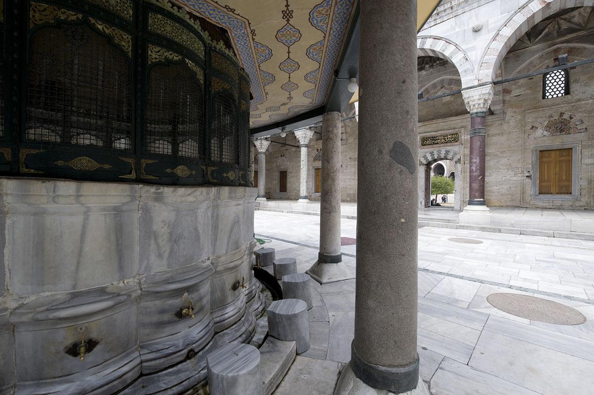 Istanbul june 2008 0848.jpg