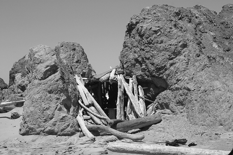 Oregon Coast beach lean-to in rock.jpg