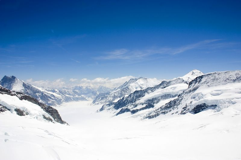 The valley between the peaks, Jungfraujoch, Switzerland