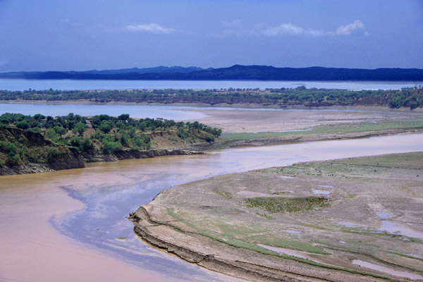 Mouth of Mangla Dam