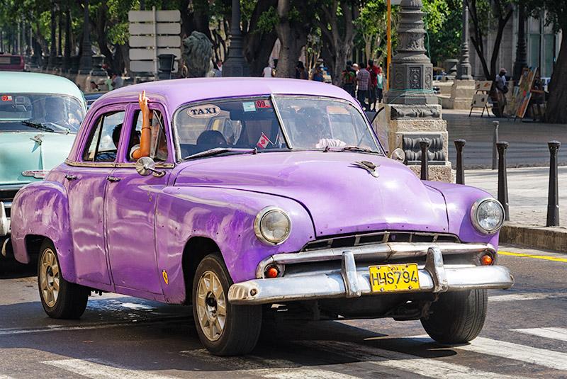 Le Taxi Mauve