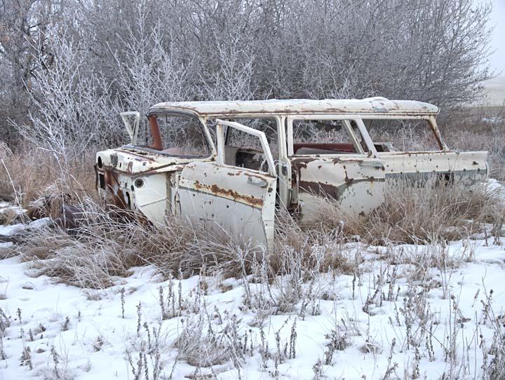 Abandoned vehicle 4192