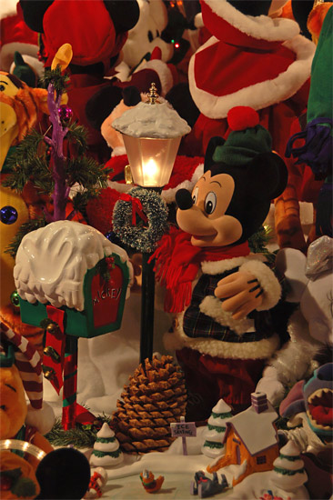 Mickey & Lantern